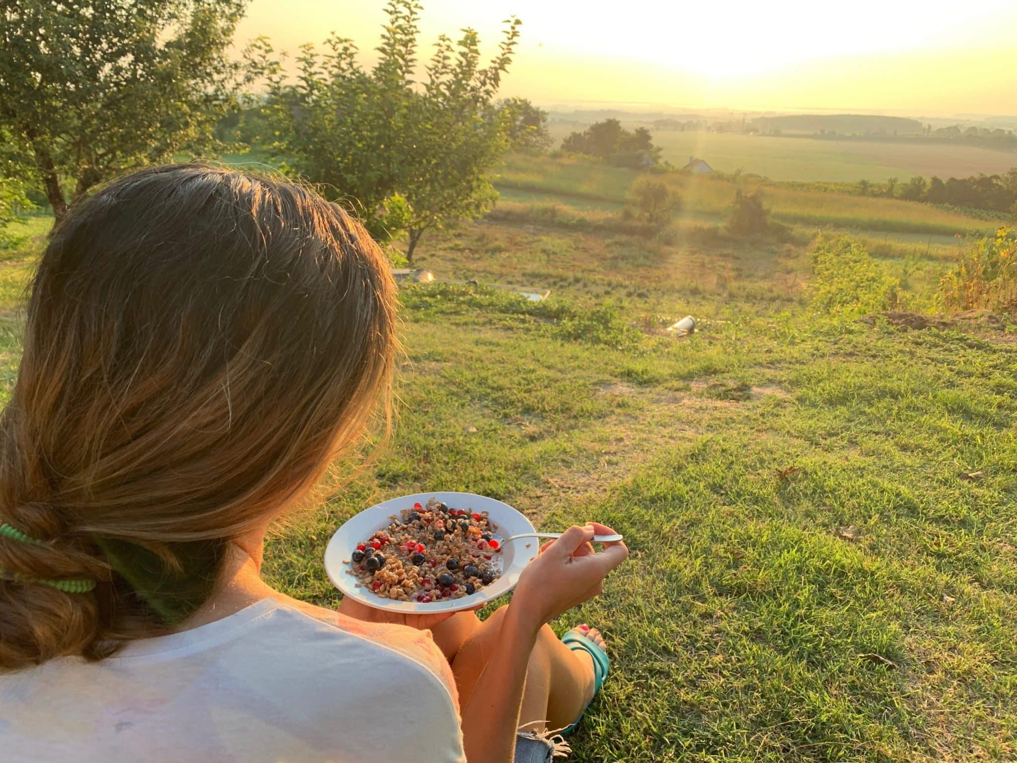 O usoara alergare urmata de un mic dejun la rasarit in Ungaria